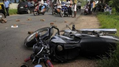 Photo of Two-wheeler Rams Into A Truck, Youth Dies